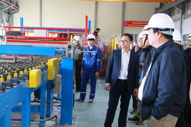 Nhà máy kính CFG Ninh Bình xuất sản phẩm kính đầu tiên ra thị trường - 4