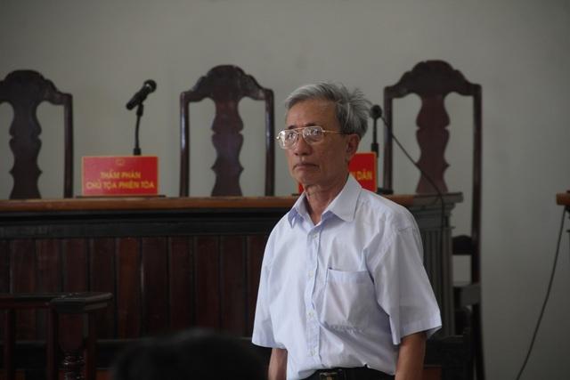 Ông Nguyễn Khắc Thủy một mực kêu oan.