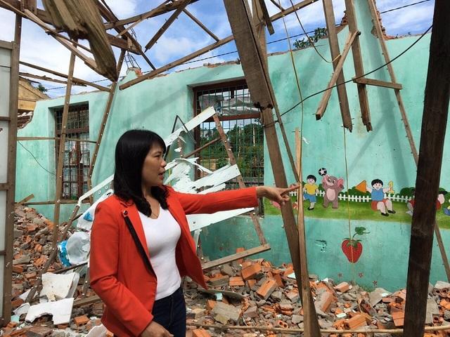 Cô giáo Nguyễn Thị Thanh, Hiệu trưởng Trường Mầm non Quảng Tiến cho biết, học sinh ngôi trường này đang bị thiếu phòng học vì hai phòng học cũ đã bị đổ sập