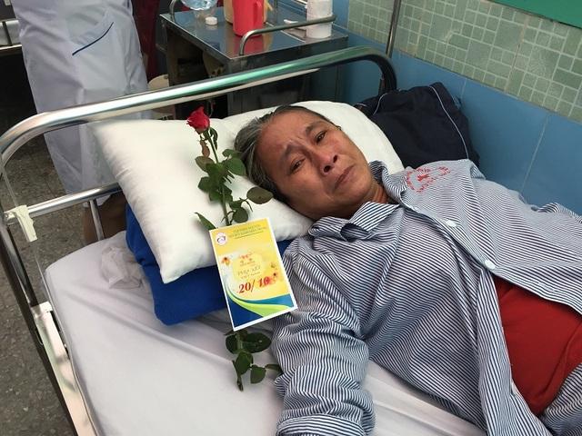 """Niềm vui bất ngờ đến với các nữ bệnh nhân trong ngày của """"phái đẹp"""" - 6"""
