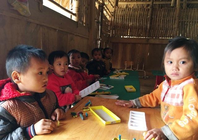 Cấp học Mầm non ở khu vực miền núi Thanh Hóa còn nhiều khó khăn.