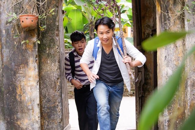 Những cảnh quay đầu tiên của cặp đôi Minh tít, Trung ruồi.