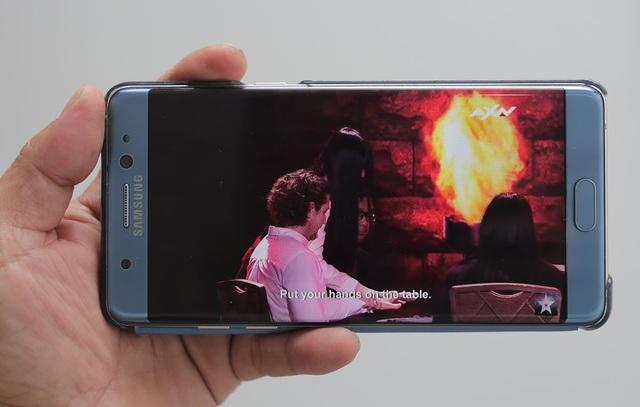 """Đánh giá Galaxy Note FE: Sản phẩm thay thế của người """"đàn anh"""" Galaxy Note7 - 4"""