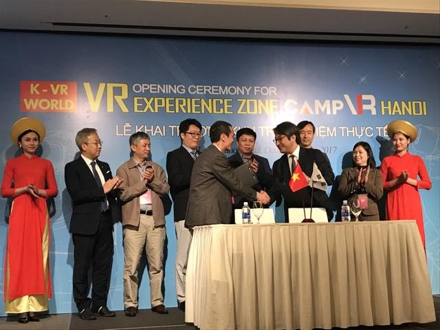 Khai trương trung tâm thực tế ảo đầu tiên của Hàn Quốc tại Việt Nam - 1