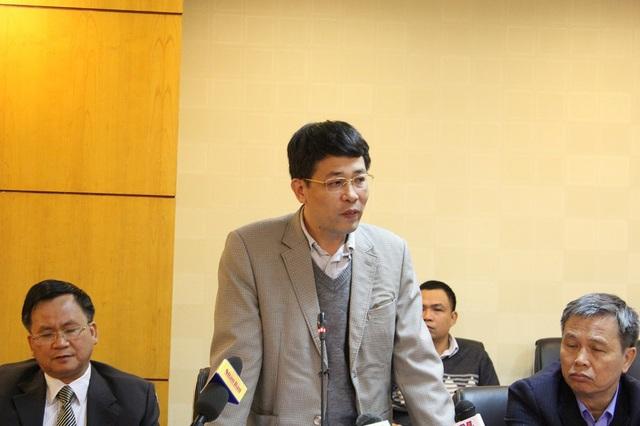 Ông Mai Văn Phấn - Phó Cục trưởng Cục Quản lý đất đai (Tổng cục Quản lý đất đai - Bộ Tài nguyên và Môi trường) lý giải thông tin ghi tên tất cả các thành viên trong gia đình vào sổ đỏ hộ gia đình.