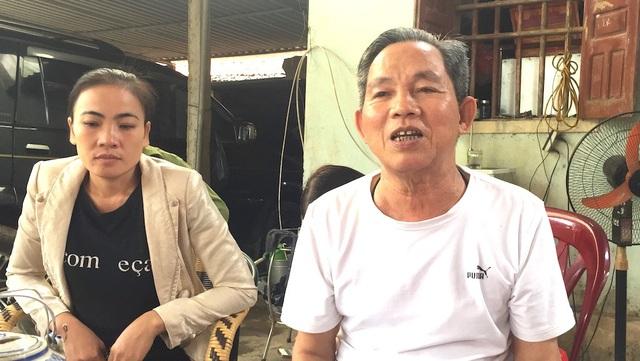 Ông Ân đã 72 tuổi mong mỏi được đến nơi khác ở chứ ở đây bị nhà máy xi măng tra tấn kinh khủng quá.