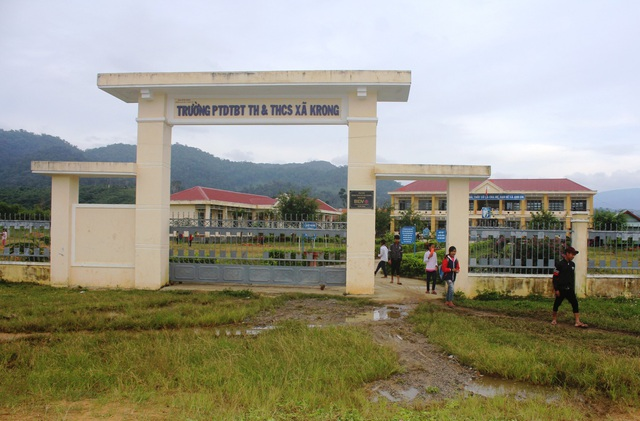 """Ngôi trường PTDT BT tiểu học và THCS Krong được """"trỗi dậy"""" từ khi xây dựng mô hình bán trú"""