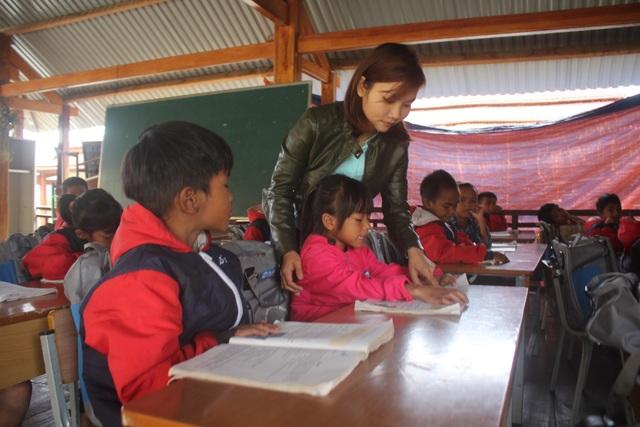 Việc gieo chữ của các thầy cô giáo gặp muôn vàn khó khăn
