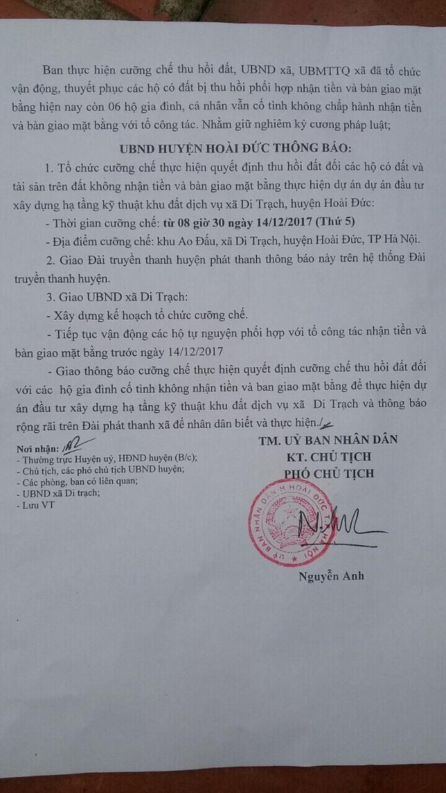 Đang trong quá trình giải quyết khiếu nại của người dân, lãnh đạo UBND huyện Hoài Đức tiếp tục ra thông báo về việc sẽ tổ chức cưỡng chế thu hồi đất vào ngày 14/12 tới.