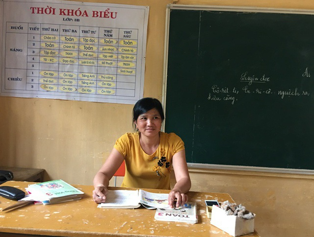 Cô Trịnh Thị Thơ, giáo viên Trường Tiểu học Trí Nang, huyện Lang Chánh, Thanh Hóa.