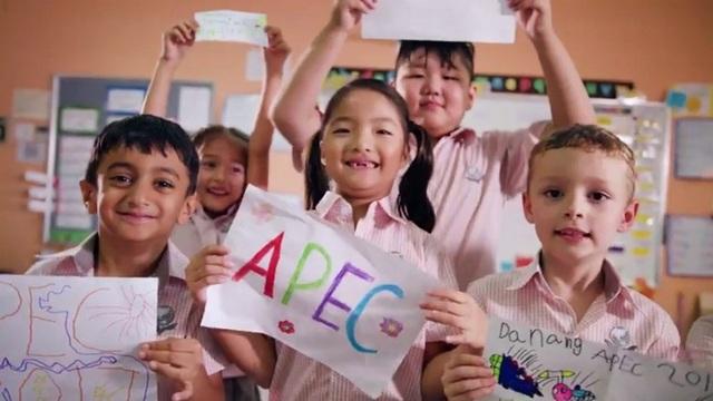 Thành phố chủ nhà Tuần lễ Cấp cao APEC đặc biệt được lòng du khách bởi những người dân địa phương thân thiện, mến khách