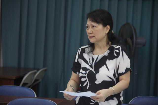 Bà Loan tiếp nhận lời xin lỗi từ ông Yuen