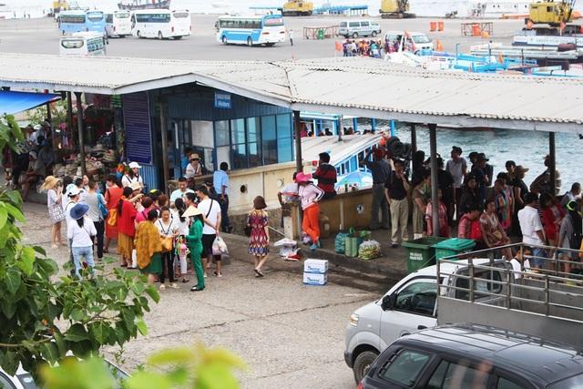 Khách Trung Quốc tại Nha Trang - Khánh Hòa vào tháng 10 năm nay