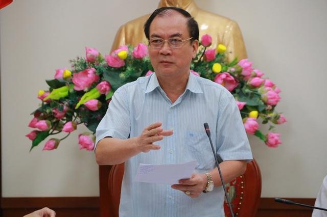 Ông Nguyễn Văn Bính - Phó Giám đốc Công an tỉnh Thanh Hóa trong buổi đối thoại với gia đình ông Chung bà Kỳ.