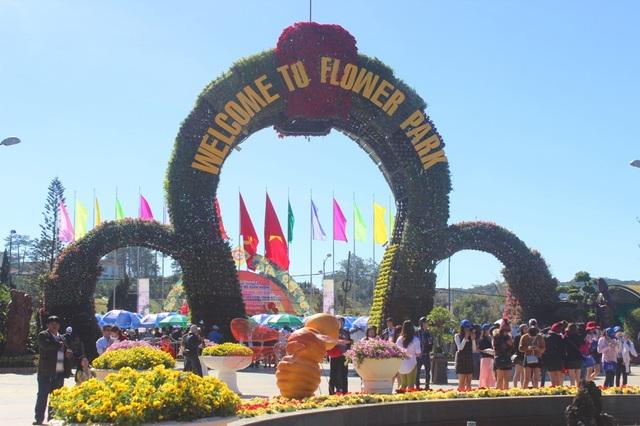Đà Lạt- Lâm Đồng thu hút hơn 280.000 lượt khách tới du xuân trong dịp Tết nguyên đán Mậu Tuất