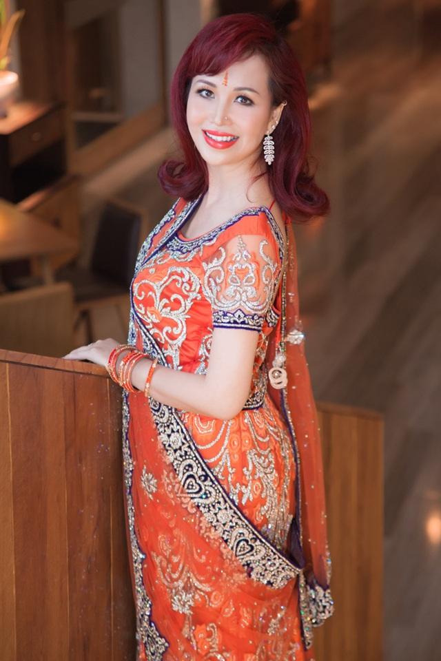 Hoa hậu biết 5 thứ tiếng gây chú ý khi xuất hiện cùng chồng người Ấn Độ - 6
