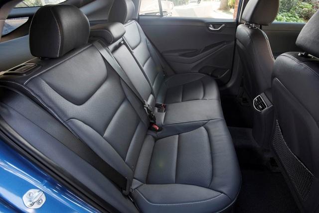 Hyundai Ioniq - Đối thủ tiềm năng của Toyota Prius - 12