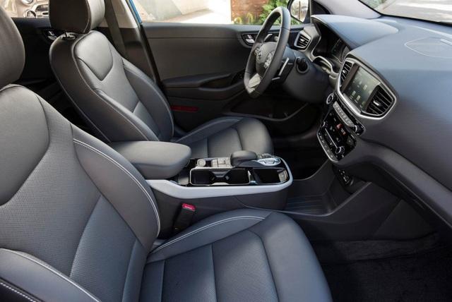 Hyundai Ioniq - Đối thủ tiềm năng của Toyota Prius - 11