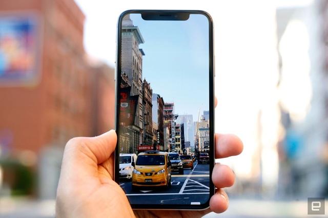 Cứ mỗi đời iPhone mới ra măt thì những người dùng iPhone cũ sau khi nâng cấp phần mềm đều nhận thấy rõ sự chậm chạp.