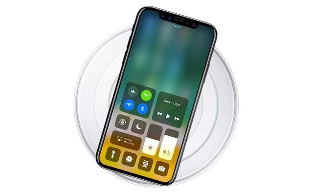 Sạc không dây vẫn là tính năng đang rất được chờ đợi trên iPhone 8.
