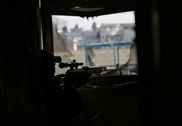 Khu vực hoạt động của tay súng bắn tỉa thường là những nơi kín đáo, ít người chú ý.