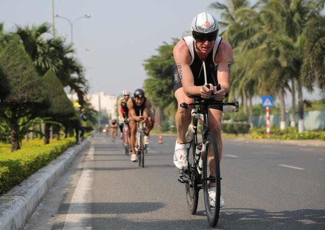 Đã có hơn 1.200 VĐV ở hơn 50 quốc gia đăng ký tham dự Ironman 70.3 năm 2017 tại Đà Nẵng
