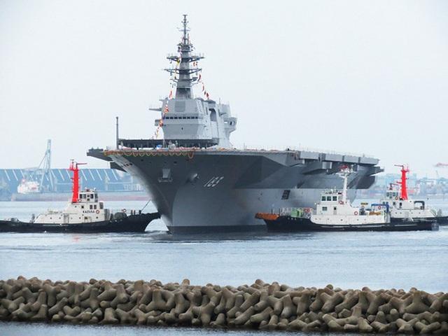 Tàu sân bay trực thăng Izumo của Nhật Bản (Ảnh: Reuters)