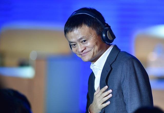 Được biết, tỷ phú Jack Ma hiện có tổng tài sản hơn 39,6 tỷ USD, theo Forbes. Ông sinh năm 1964 tại Hàng Châu, từng là giáo viên tiếng Anh trước khi đồng sáng lập hãng thương mại điện tử Alibaba năm 1999