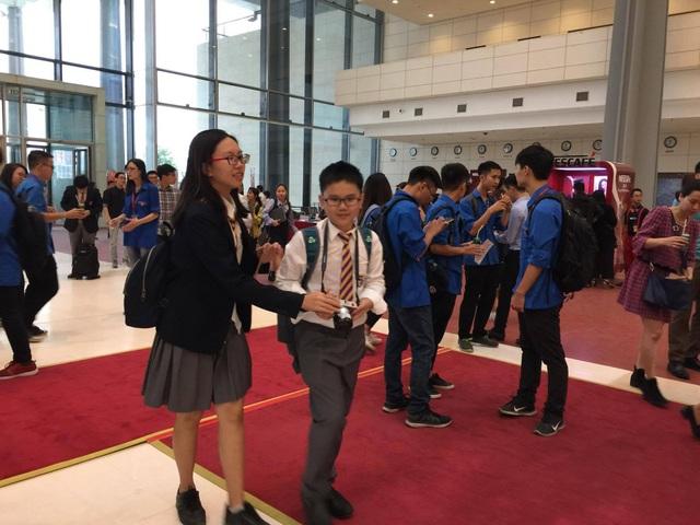 """Đối thoại với giới trẻ VN, tỷ phú Jack Ma: """"Đừng bao giờ bỏ cuộc"""" - 11"""