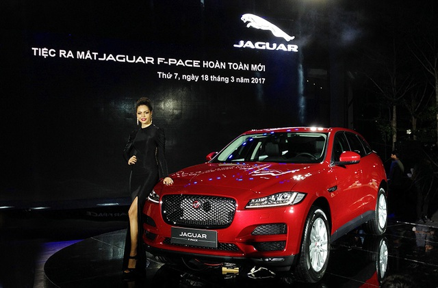 Jaguar F-Pace sẽ cạnh tranh cùng BMW X6, Mercedes-Benz GLE Coupe và Porsche Macan