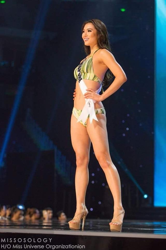 Lệ Hằng và thí sinh hoa hậu hoàn vũ bốc lửa trong đêm bán kết - 21