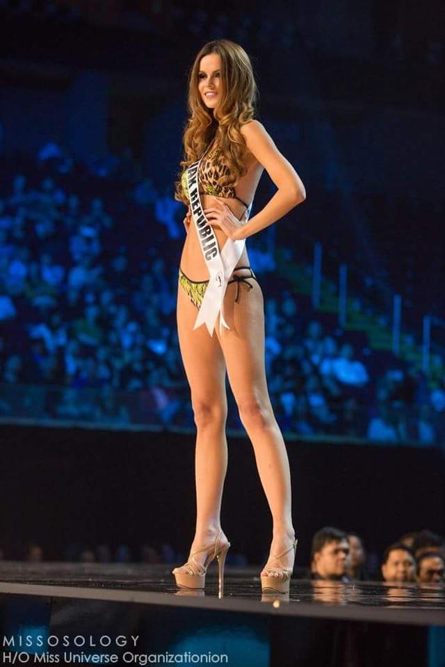 Lệ Hằng và thí sinh hoa hậu hoàn vũ bốc lửa trong đêm bán kết - 22