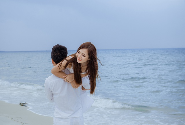 Ảnh cưới trên biển Quảng Ninh