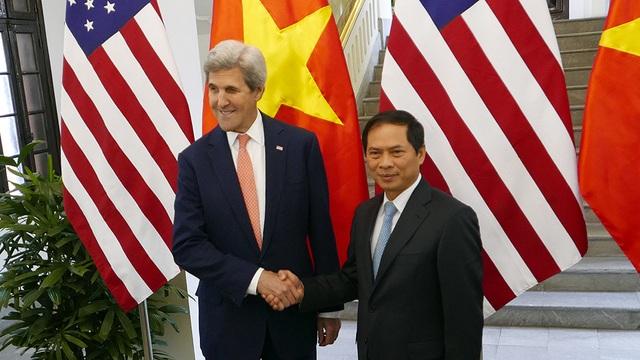 Sáng nay, 13/1, Ngoại trưởng Mỹ John Kerry đã có cuộc gặp với Thứ trưởng Ngoại giao Bùi Thanh Sơn (Ảnh: Mạnh Thắng)