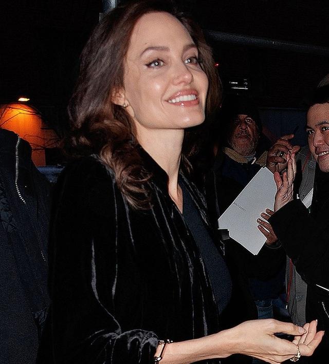 Nữ diễn viên kiêm nhà làm phim 42 tuổi có một cuộc hẹn làm việc tại New York.
