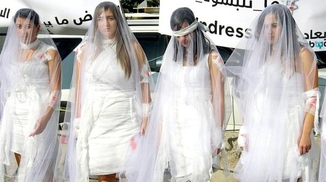 Lạ đời đạo luật cho phép kẻ hiếp dâm cưới nạn nhân để thoát tội ở Jordan - 2