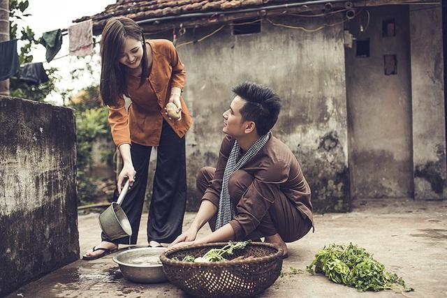 Đây là 1 trong 5 bộ ảnh cưới mà hai vợ chồng hotgirl thực hiện. Cô chụp ảnh cưới ở khá nhiều nơi, bao gồm: Hưng Yên, Mộc Châu, Hà Nội, Quảng Ninh...