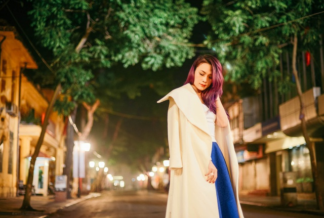 Mỹ Tâm yêu kiều trên phố cổ Hà Nội giữa đêm lạnh - 7