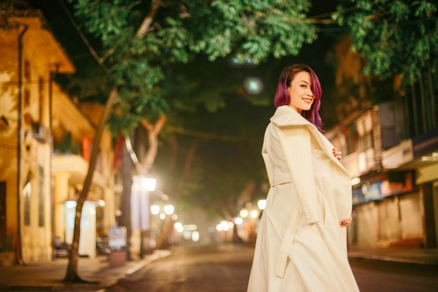 Mỹ Tâm yêu kiều trên phố cổ Hà Nội giữa đêm lạnh - 5