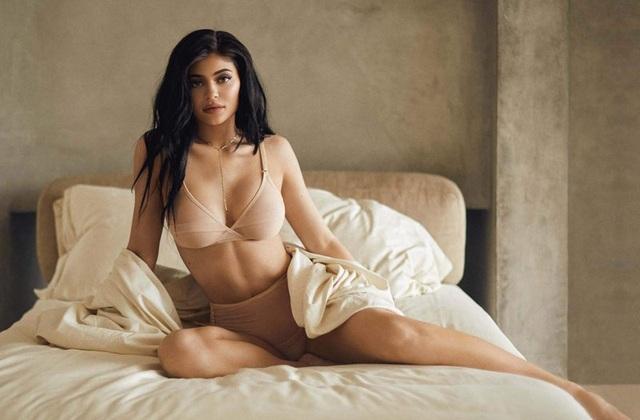 Kylie Jenner đã tự sắm được nhà triệu đô