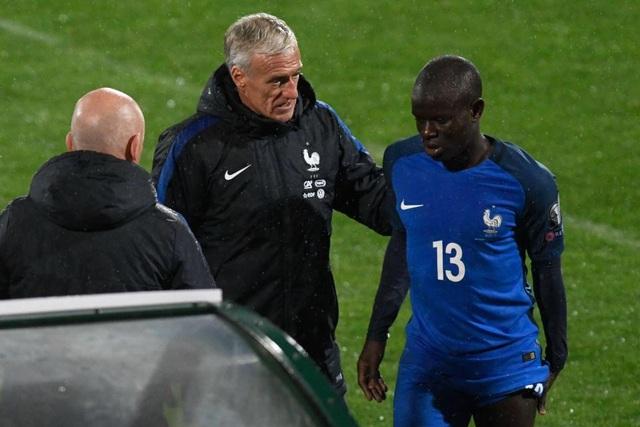 Kante gặp vấn đề về gân kheo trong trận đấu của đội tuyển Pháp