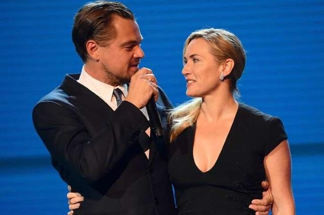 Ngoài đời, Kate và Leonardo là đôi bạn rất thân.