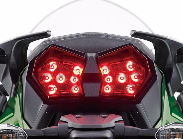 """Kawasaki H2 SX - Một mẫu Sport Tourer """"Đáng tiền"""" - 14"""