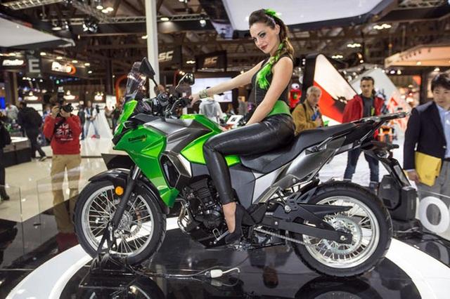 Kawasaki Versys-X 300 ra mắt lần đầu tiên vào tháng 11/2016 tại triển lãm EICMA