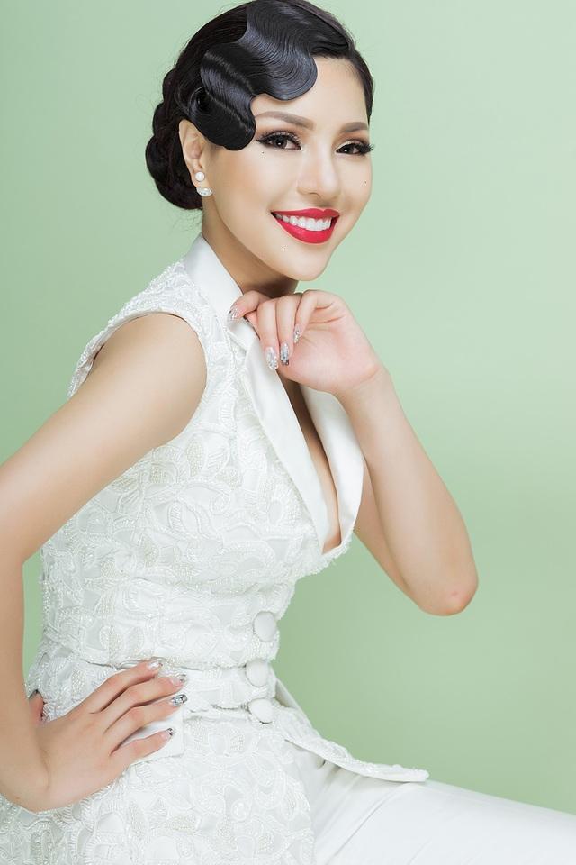 Khả Trang từng thừa nhận mình phẫu thuật thẩm mỹ để hài lòng hơn về nhan sắc