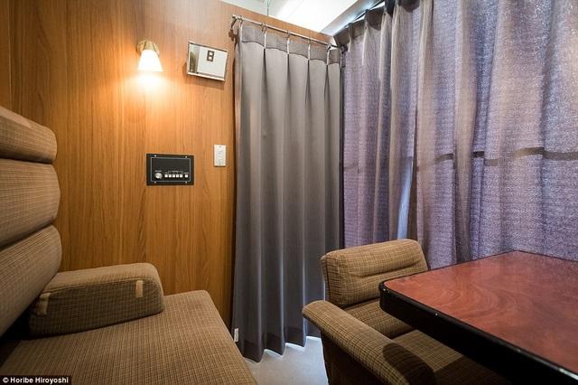 Trên tàu có thiết kế hai phòng riêng biệt