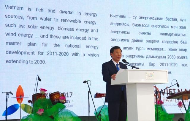 Bộ trưởng Nguyễn Ngọc Thiện phát biểu tại Lễ khai mạc.