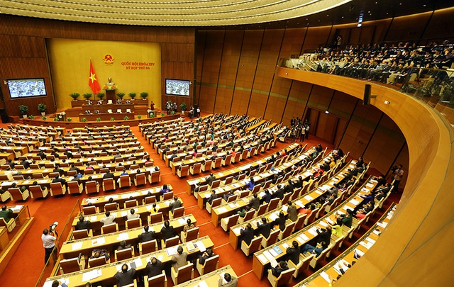 Tại kỳ họp này, Chính phủ sẽ trình Quốc hội xem xét thông qua Nghị quyết về xử lý nợ xấu và cho ý kiến về dự án Luật sửa đổi, bổ sung một số điều của Luật các TCTD (ảnh: Việt Hưng)
