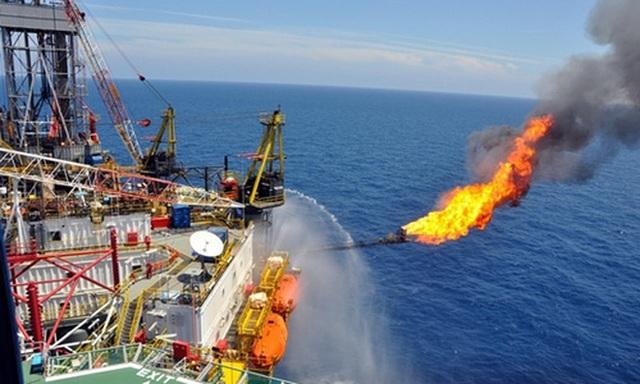 Một trong những giải pháp quan trọng mà Chính phủ đặt ra cho năm nay là tăng khai thác dầu thô nhằm góp phần hỗ trợ tăng trưởng (ảnh minh họa)