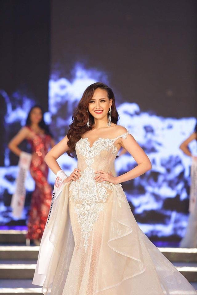 Khánh Ngân của Việt Nam cùng các người đẹp Philippines, Siberia, Cộng Hòa Cape Verde và Albania là những người đẹp được chọn vào Top 5.
